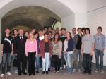 Peter Götz mit der 13. Klasse auf der Besucherebene im Reichstag