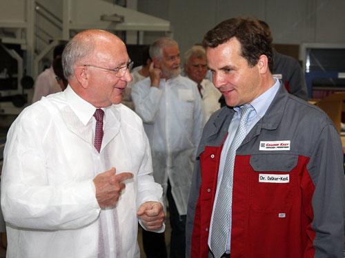 Peter Götz Zu Besuch Bei Casimir Kast Unternehmen Setzt Auf