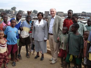 Besuch im Armenviertel Mathare in Kenia