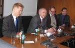 Peter Götz und Holger Haibach leiten die Diskussion