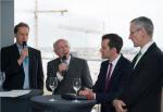 V.l.n.r.:  Roland Große Holforth, Peter Götz MdB, Daniel Arnold, Jeremy Gaines / © Marco Urban