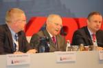 Dr. Wolfgang Schäuble MdB didkutierte beim Kongress-kommunal in Berlin im Palais am Funkturm das spannende Dauerthema Finanzen. (© KPV)