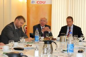 Peter Götz in der Diskussion in Uelzen